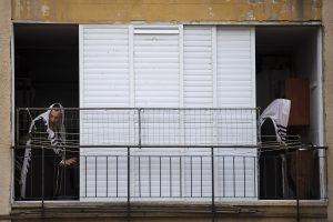 blog - New coronavirus cases halved in Israeli ultra-Orthodox city after military lockdown